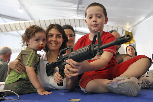meisje-geweer2-48.jpg