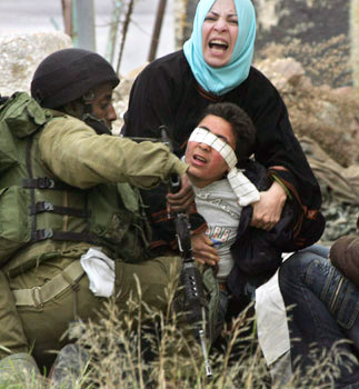 palestinian_boy_arrest_israel.jpg